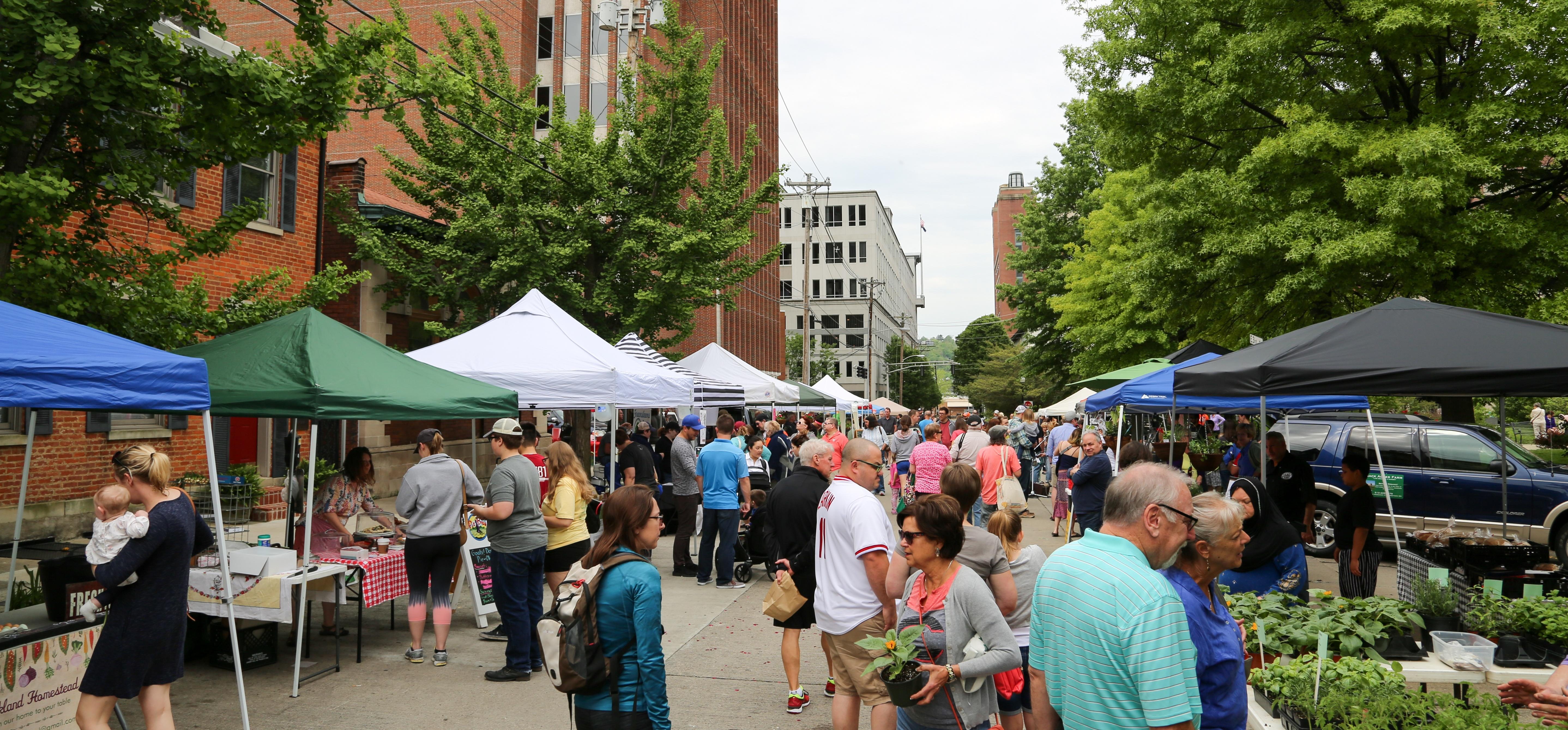 Covington Farmers Market-894710-edited.jpg
